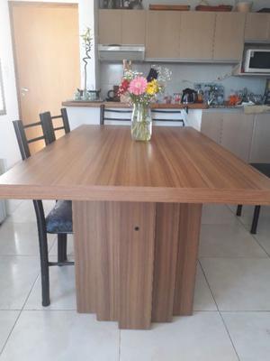 Mesa enchapada madera maciza
