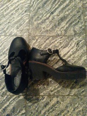 Vendo estos zapatos de cuero Nro 39