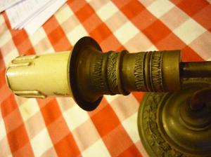 lámpara aplique de una luz de bronce macizo tallado estilo