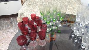 lote completo de copas y vajilla