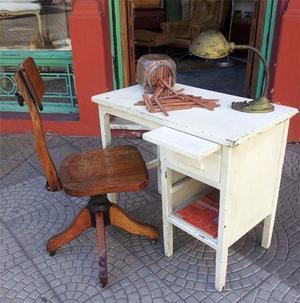 ESCRITORIO DE ROBLE CON TABLA DE ALARGUE