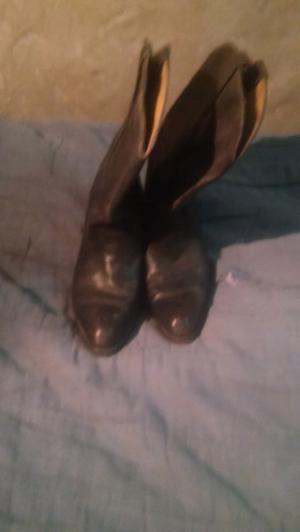 Vendo o permuto botas de cuero