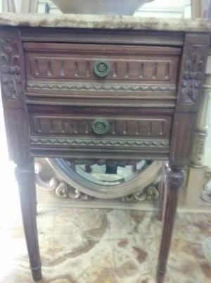 mesas de luz LUIS XV con tapa en marmol