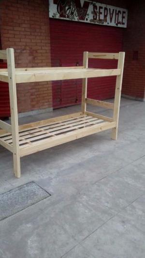Sillas, mesas y demás muebles en pino al mejor precio de
