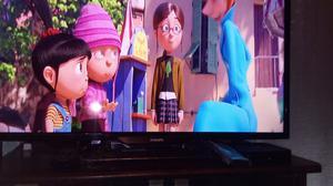 TV PHILIPS + SMART TV BOX