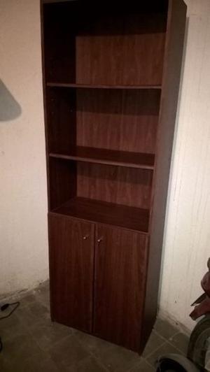 Vendo biblioteca 5 estantes color roble