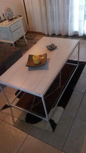 X mudanza mesa ratona hierro y porcelanato pulido