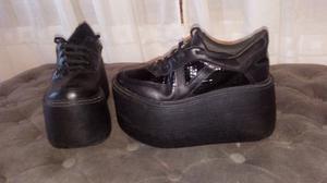 Zapatillas altas num 38 nuevas