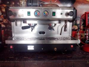 Cafetera express marca RILO