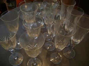Juego de cristal tallado champagne (6) vino(5)sidra(6)