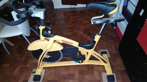 Vendo Bici Fija Randers Spinning ARG meses de uso, como