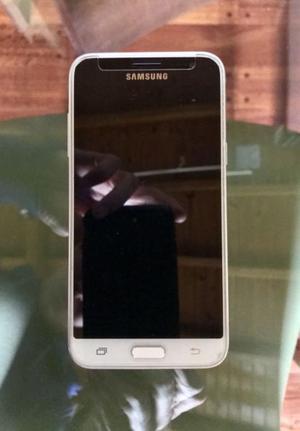 Vendo Samsung Galaxy J) con 3 meses de uso.