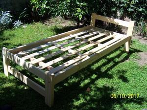 cama de pino nueva