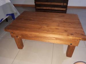 vendo mesa, 4 sillas y mesa ratona impecables especial para