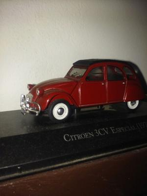 Autito de coleccion Citroen 3cv