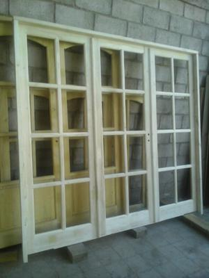 puerta balcón de Álamo
