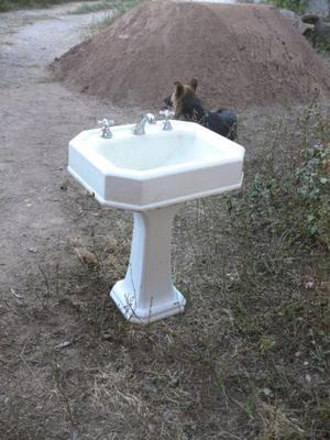 lavatorio antiguo  hierro fundido buen estado