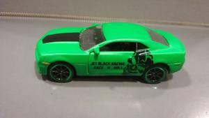 Oferta ! Chevrolet Camaro verde Majorette 1/64 Originales !