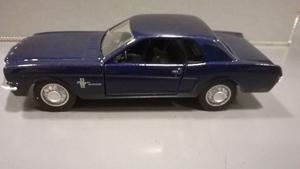 Oferta ! Ford Mustang  Maisto 1/43 Originales !