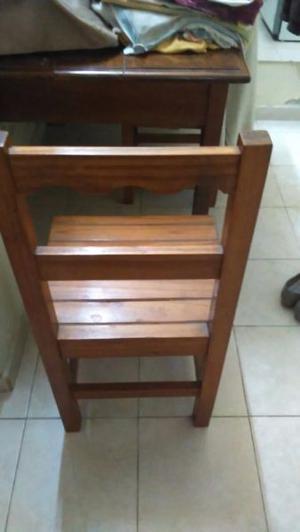 Vendo juego de 6 sillas de madera para cocina