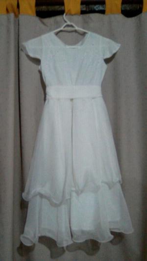 Vendo vestido de comunion $600