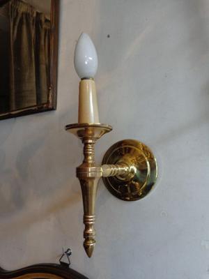 Antiguos apliques de bronce. Antigua Saudade
