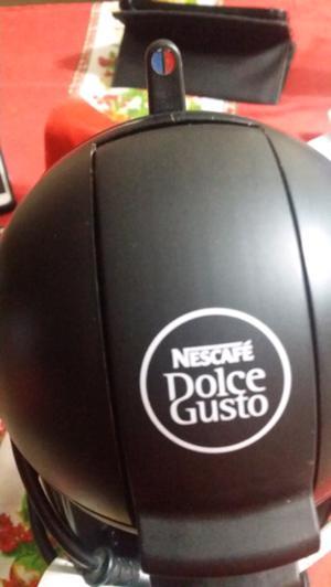 Vendo cafetera Nestlé como nueva con caja