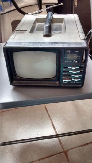 vendo televisor 5 pulgadas con radio funcionando marca