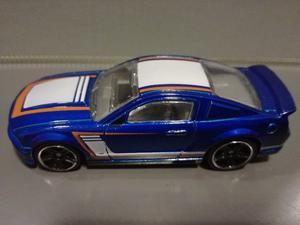 OFERTA ! Ford Mustang  Azul Hot Wheels 1/64 Originales !