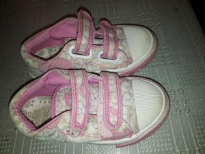 Vendo zapatillas small de nena de nena