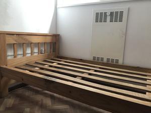Vendo cama de una plaza de pino