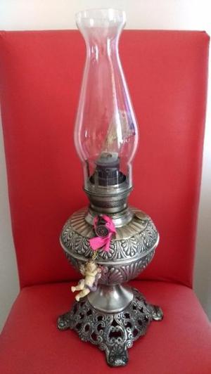 Lámpara antigua a Kerosene
