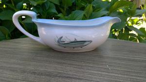 Salsera antigua de porcelana