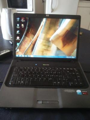 vendo por viaje notebook hp 530, pantalla qhd de  gb