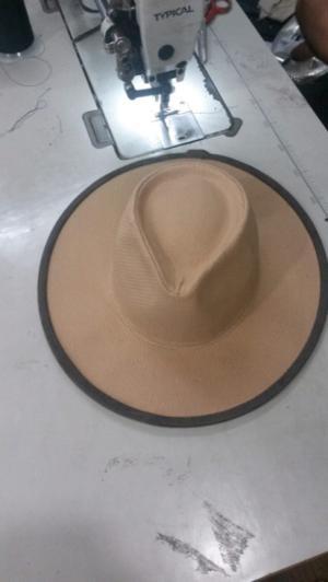 Sombrero de yute con vivo en cuero