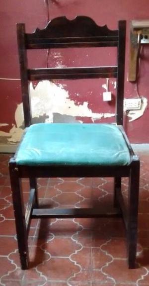 VENDO 4 sillas de madera tapizadas, usadas, en buen estado