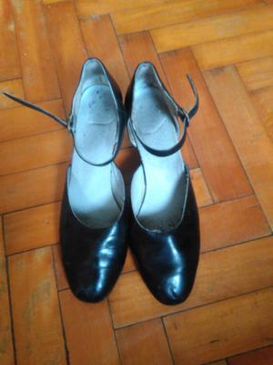 Zapatos de folklore N° 39