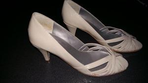 Zapatos mujer beige