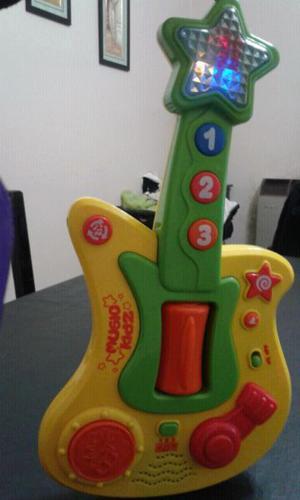 Guitarra didactica con luz y sonido