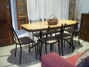 Mesa y 6 sillas !! Caño reforzado !! Envío gratis !!