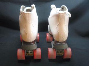 Patines con Botas de Cuero + Bolso- Talle 33