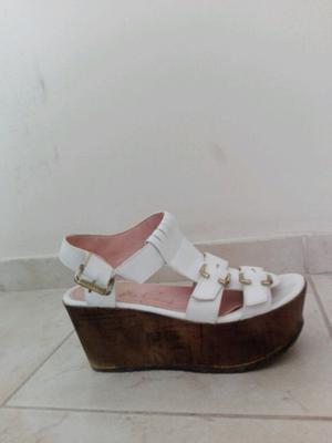 Sandalias blancas Tomás Cané número 36