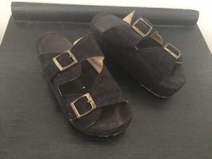 Sandalias con plataforma tipo Birkenstock N°35
