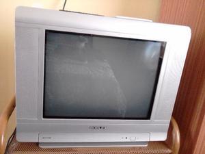 Vendo Tv / Decodificador TDA / Mesita de TV