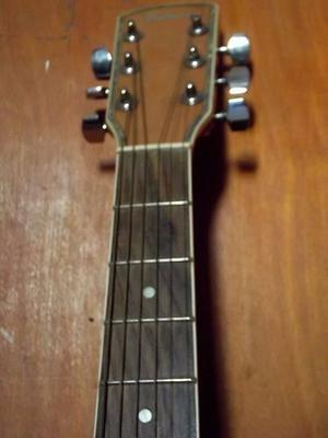 Guitarra de estudio electroacústica. Alabama A. Buen