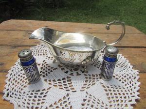 Salsera metal plateado estilo ingles