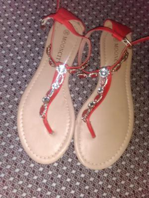 Vendo sandalias número 36,sin uso