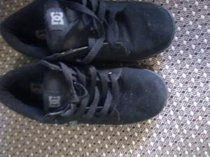Vendo zapatillas número 32, sin uso