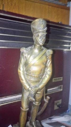Estatua De Granadero Bronce Masizo Con Base De Madera