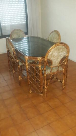 Liquido mesa y sillas x mudanza